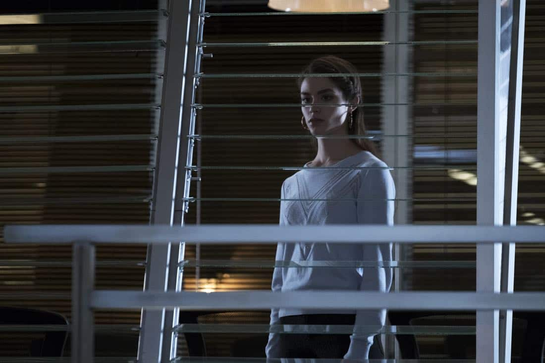 Stitchers Season 3 Episode 1 08