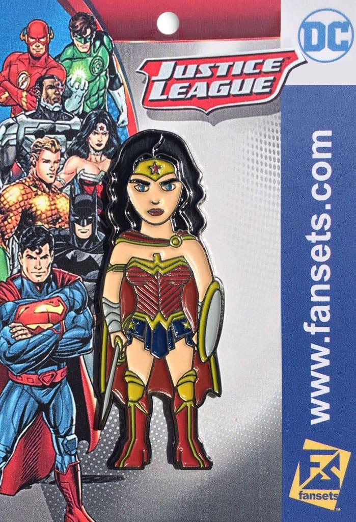 SDCC17 Pin Wonder Woman