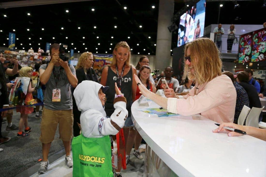 Comic Con TEEN TITANS GO Signing 4