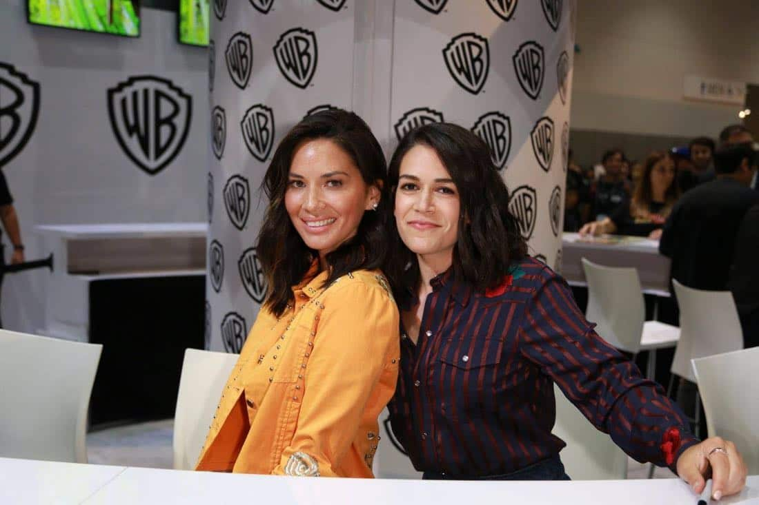 THE LEGO NINJAGO MOVIE stars Olivia Munn and Abbi Jacobson strike a pose at the Warner Bros. booth at Comic-Con 2017 on Thursday, July 20. #WBSDCC (© 2017 WBEI. All Rights Reserved)