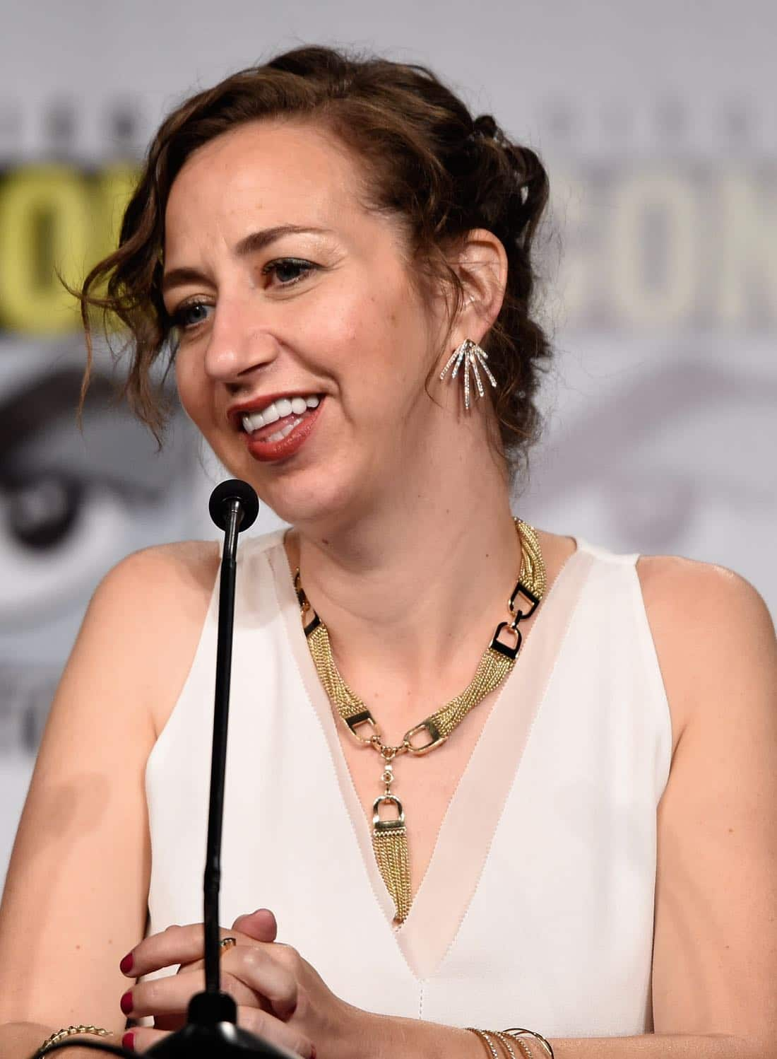 FOX FANFARE AT SAN DIEGO COMIC-CON © 2017: BOB'S BURGERS cast member Kristen Schaal during the BOB'S BURGERS panel on Friday, July 21 at the FOX FANFARE AT SAN DIEGO COMIC-CON © 2017. CR: Frank Micelotta/FOX © 2017 FOX BROADCASTING
