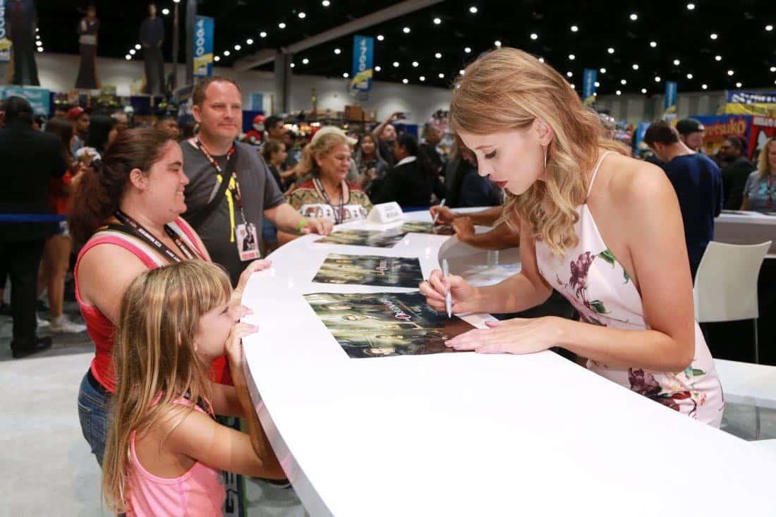 Comic Con Photos THE ORIGINALS 7