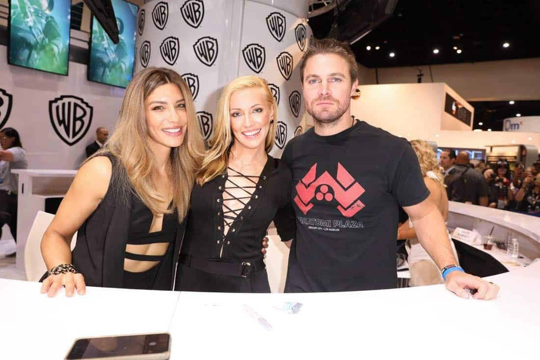 Comic Con Photos Arrow Cast SDCC 6