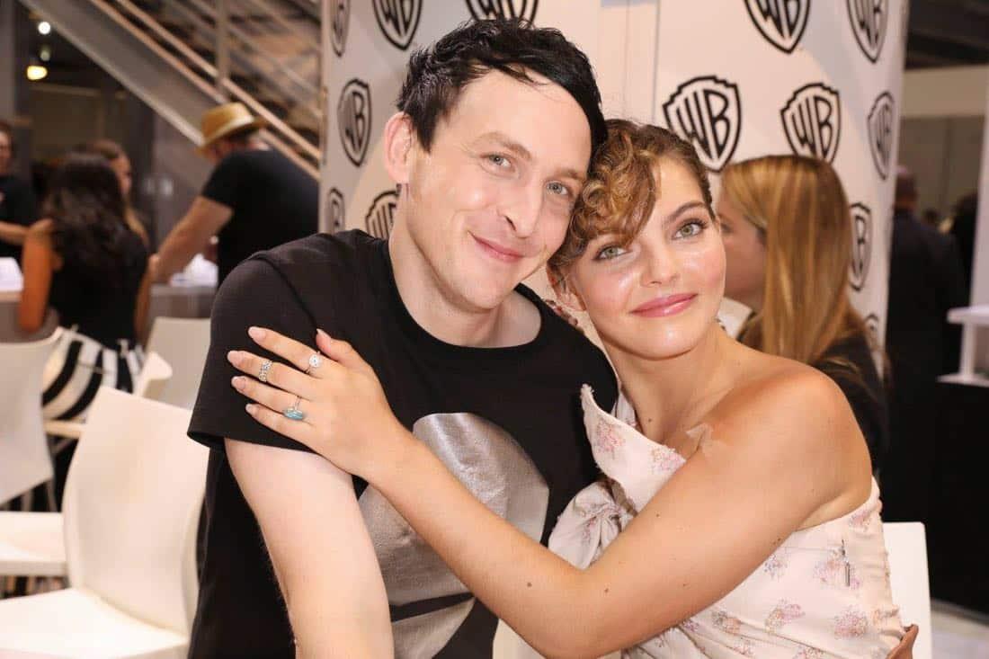 Comic Con Photos Gotham Cast SDCC 03