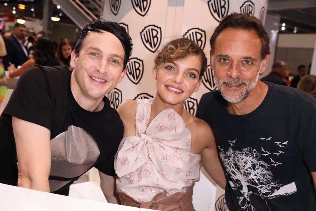 Comic Con Photos Gotham Cast SDCC 04