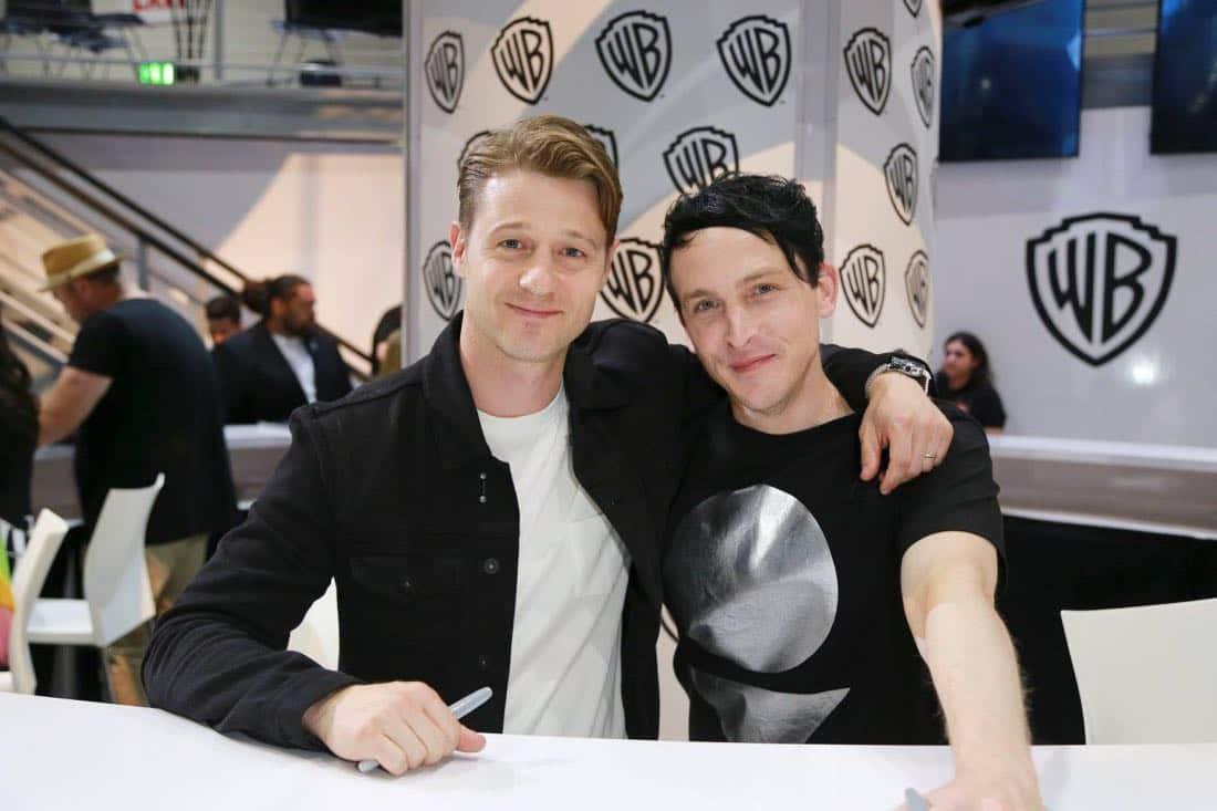 Comic Con Photos Gotham Cast SDCC 10