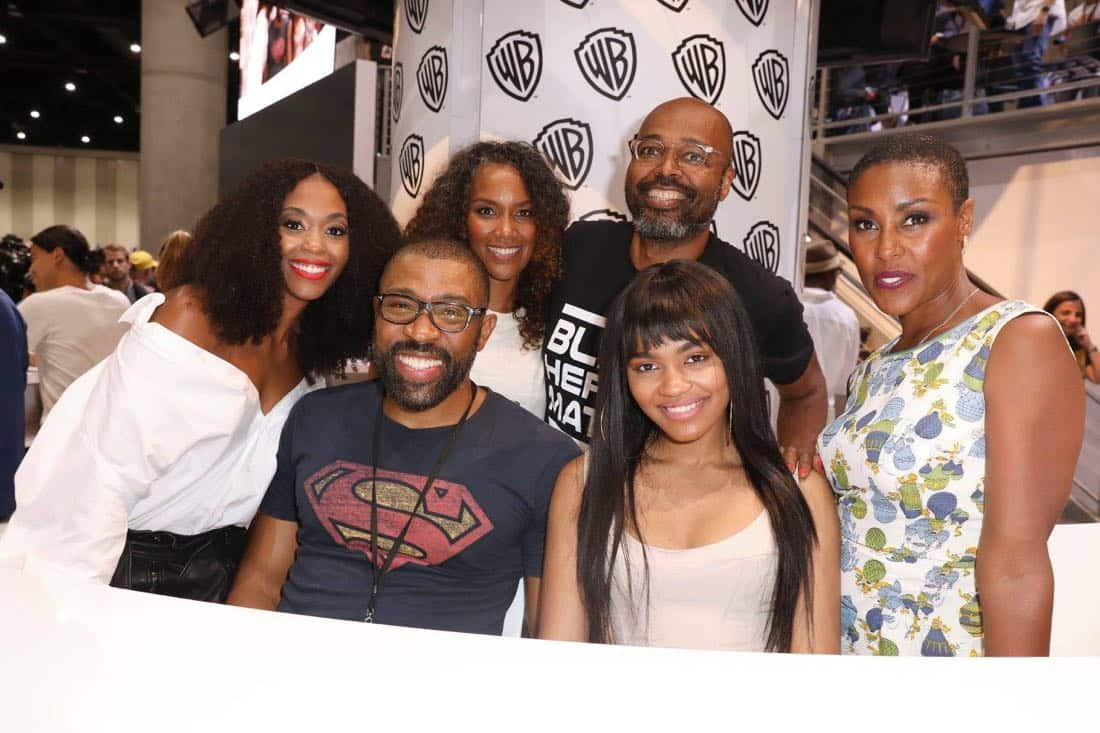 Comic Con SDCC Black Lightning 9