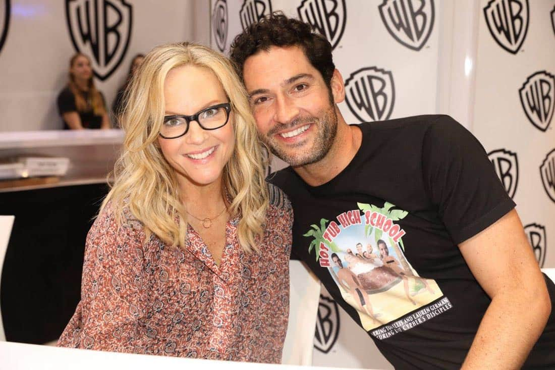 LUCIFER stars Rachael Harris and Tom Ellis snap a photo together at the Warner Bros. booth at Comic-Con 2017 on Saturday, July 22. #WBSDCC (© 2017 WBEI. All Rights Reserved)