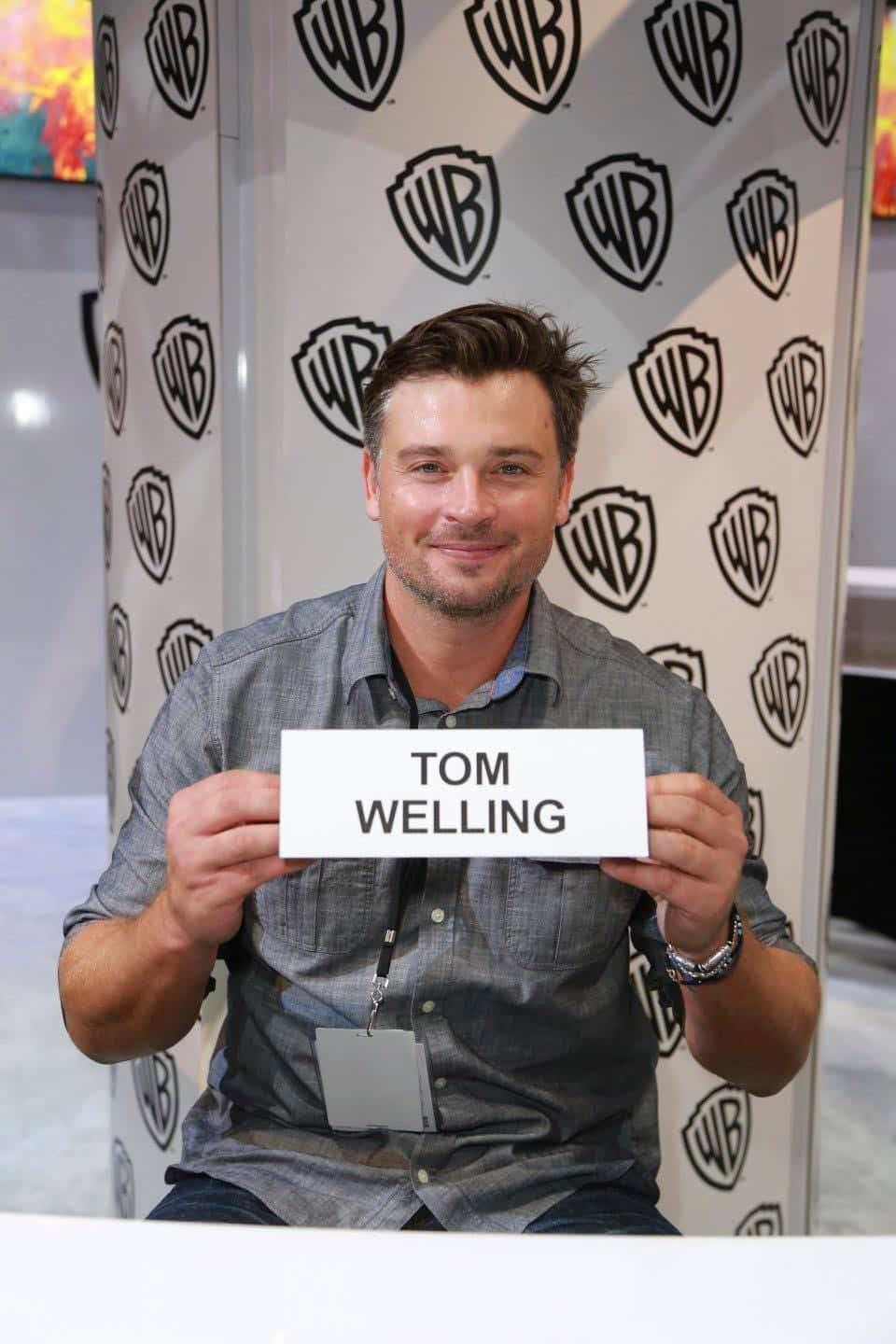 LUCIFER star TOM WELLING makes a visit to the Warner Bros. booth at Comic-Con 2017 on Saturday, July 22. #WBSDCC (© 2017 WBEI. All Rights Reserved