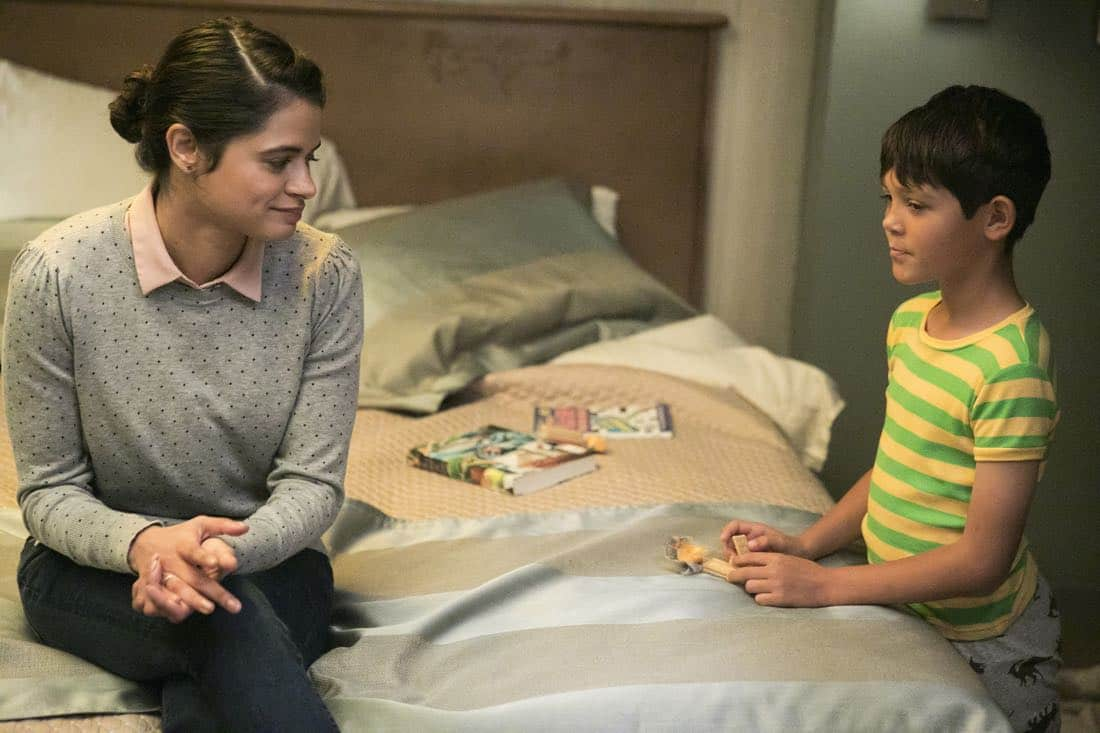 Room-104-HBO Episode 1, debut 7/28/17: Melonie Diaz, Ethan Kent.