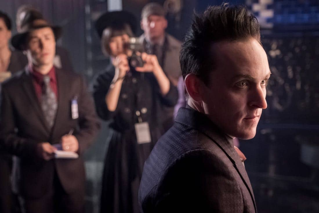"""GOTHAM: Robin Lord Taylor in the """"Pax Penguina"""" season premiere episode of GOTHAM airing Thursday, Sept. 21 (8:00-9:01 PM ET/PT) on FOX. ©2017 Fox Broadcasting Co. Cr: Jeff Neumann/FOX."""