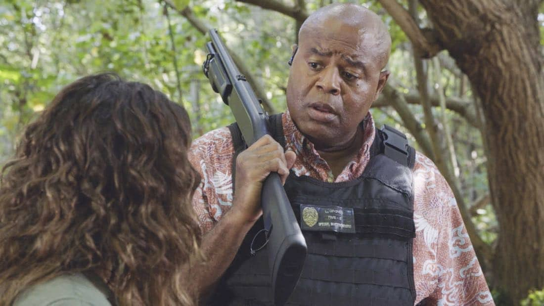 """""""'A'ole e 'lelo mai ana ke ahi ua ana ia"""" -- McGarrett and Danny recruit Tani Rey (Meaghan Rath) to join the task force when diabolical hacker Aaron Wright (Joey Lawrence) releases a dangerous arsonist from prison, on the eighth season premiere of HAWAII FIVE-0, Friday, Sept. 29 (9:00-10:00 PM, ET/PT) on the CBS Television Network. The season premiere includes animation of one of McGarrett and Danny's infamous """"car-guements."""" Also, Randy Couture returns, and Joey Lawrence joins his brother, Andrew, when he guest stars as Aaron Wright, a hacker. Pictured: Chi McBride as Lou Grover.  Photo: Best Screen Grab Available/CBS ©2017 CBS Broadcasting, Inc. All Rights Reserved  (""""'A'ole e 'lelo mai ana ke ahi ua ana ia"""" is Hawaiian for """"Fire Will Never Say that It Has Had Enough"""")"""