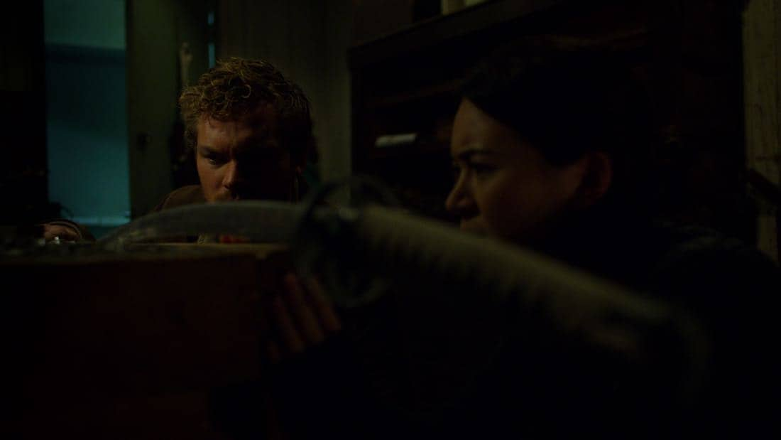 Marvel's The Defenders Episode 2 Mean Right Hook Finn Jones, Jessica Henwick
