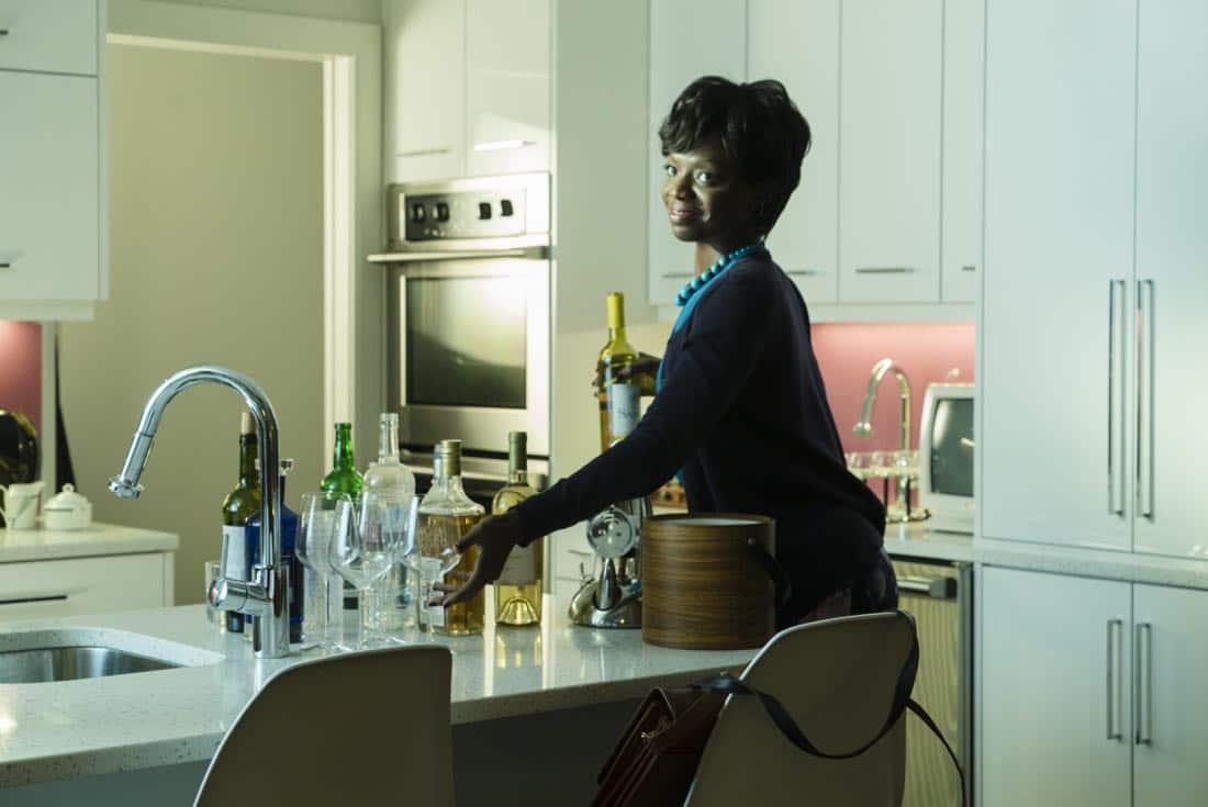 Sasha Morfaw as Tanya Reese - Halt and Catch Fire _ Season 4, Episode 3 - Photo Credit: Tina Rowden/AMC
