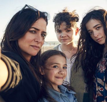BETTER THINGS -- Pictured: (l-r) Pamela Adlon as Sam Fox, Olivia Edward Duke, Hannah Alligood as Frankie, Mikey Madison as Max. CR: Pamela Littky/FX
