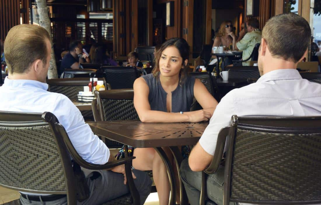 """""""'A'ole e 'ōlelo mai ana ke ahi ua ana ia"""" -- McGarrett and Danny recruit Tani Rey (Meaghan Rath) to join the task force when diabolical hacker Aaron Wright (Joey Lawrence) releases a dangerous arsonist from prison, on the eighth season premiere of HAWAII FIVE-0, Friday, Sept. 29 (9:00-10:00 PM, ET/PT) on the CBS Television Network. The season premiere includes animation of one of McGarrett and Danny's infamous """"car-guements."""" Also, Randy Couture returns, and Joey Lawrence joins his brother, Andrew, when he guest stars as Aaron Wright, a hacker. Pictured: Meaghan Rath as Tani Rey. Photo credit: Norman Shapiro/©2017 CBS Broadcasting, Inc. All Rights Reserved. (""""'A'ole e 'ōlelo mai ana ke ahi ua ana ia"""" is Hawaiian for """"Fire Will Never Say that It Has Had Enough"""")"""