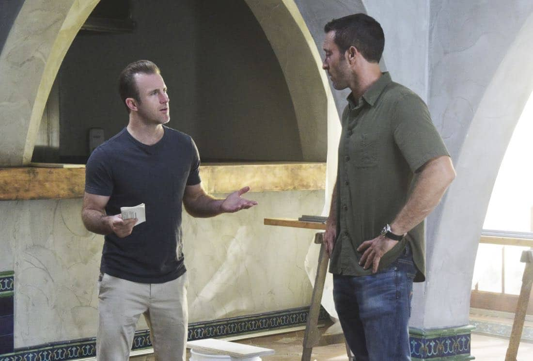 """""""'A'ole e '?lelo mai ana ke ahi ua ana ia"""" -- McGarrett and Danny recruit Tani Rey (Meaghan Rath) to join the task force when diabolical hacker Aaron Wright (Joey Lawrence) releases a dangerous arsonist from prison, on the eighth season premiere of HAWAII FIVE-0, Friday, Sept. 29 (9:00-10:00 PM, ET/PT) on the CBS Television Network. The season premiere includes animation of one of McGarrett and Danny's infamous """"car-guements."""" Also, Randy Couture returns, and Joey Lawrence joins his brother, Andrew, when he guest stars as Aaron Wright, a hacker. Pictured left to right: Scott Caan as Danny """"Danno"""" Williams and Alex O'Loughlin as Steve MCGarrett. Photo credit: Norman Shapiro/©2017 CBS Broadcasting, Inc. All Rights Reserved. (""""'A'ole e '?lelo mai ana ke ahi ua ana ia"""" is Hawaiian for """"Fire Will Never Say that It Has Had Enough"""")"""