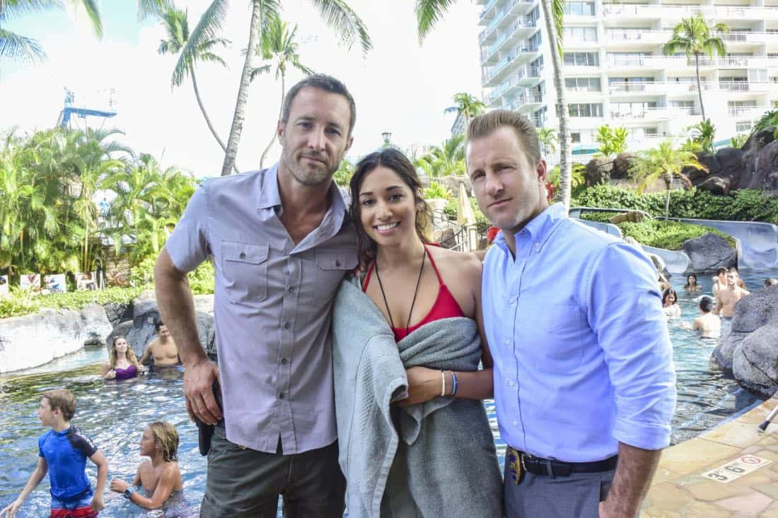 """""""'A'ole e '?lelo mai ana ke ahi ua ana ia"""" -- McGarrett and Danny recruit Tani Rey (Meaghan Rath) to join the task force when diabolical hacker Aaron Wright (Joey Lawrence) releases a dangerous arsonist from prison, on the eighth season premiere of HAWAII FIVE-0, Friday, Sept. 29 (9:00-10:00 PM, ET/PT) on the CBS Television Network. The season premiere includes animation of one of McGarrett and Danny's infamous """"car-guements."""" Also, Randy Couture returns, and Joey Lawrence joins his brother, Andrew, when he guest stars as Aaron Wright, a hacker. Pictured left to right: Alex O'Loughlin as Steve MCGarrett, Meaghan Rath as Tani Rey and Scott Caan as Danny """"Danno"""" Williams. Photo credit: Norman Shapiro/©2017 CBS Broadcasting, Inc. All Rights Reserved. (""""'A'ole e '?lelo mai ana ke ahi ua ana ia"""" is Hawaiian for """"Fire Will Never Say that It Has Had Enough"""")"""