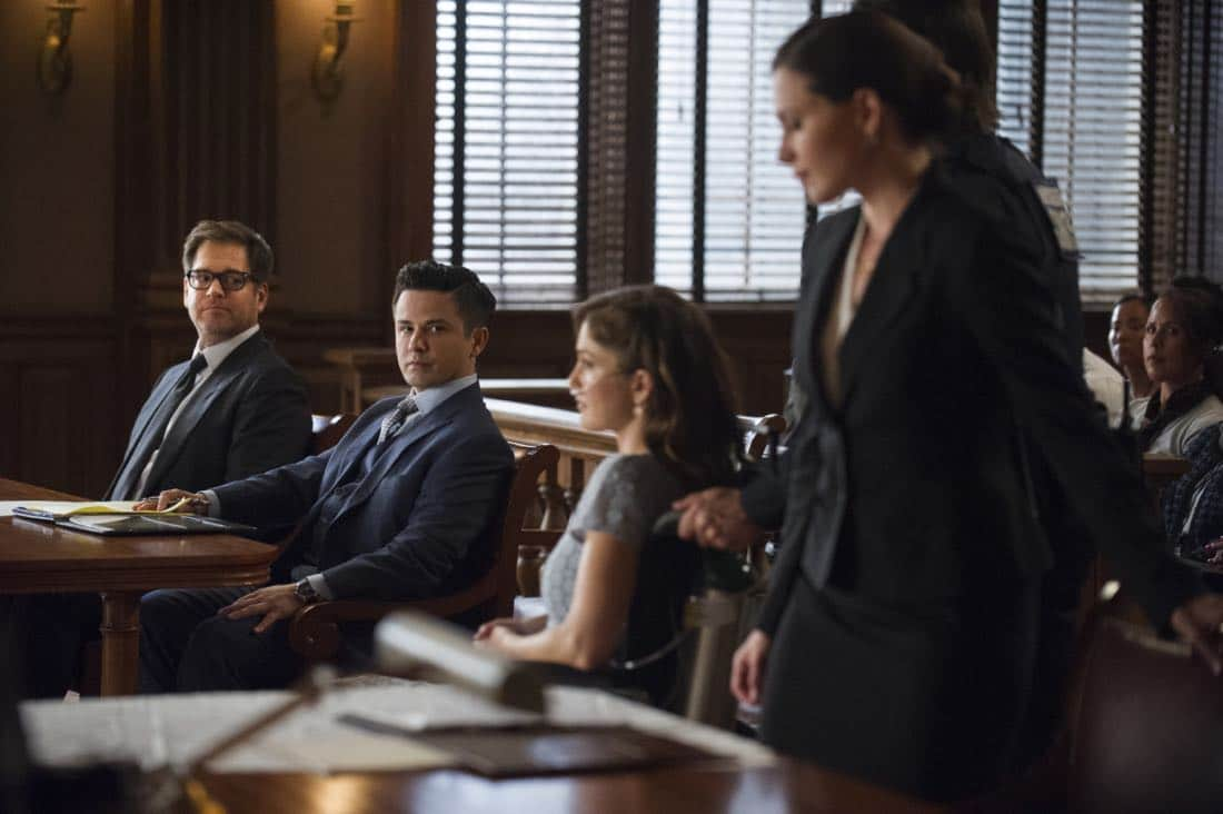 """School for Scandal""-- When Bull joins the district attorney in a case against Kara Clayton (Minka Kelly), who claims she killed her billionaire husband in self-defense, tensions run high when he learns that his on-again, off-again romantic rival, Diana Lindsay (Jill Flint), is defending the widow. Also, Chunk makes a decision about his future, on the second season premiere of BULL, Tuesday, Sept. 26 (9:00-10:00 PM, ET/PT) on the CBS Television Network. Pictured L-R: Michael Weatherly as Dr. Jason Bull, Freddy Rodriguez as Benny Colón, Minka Kelly as Kara Clayton, and Jill Flint as Diana Lindsay Photo: Jeffrey Neira/CBS ©2017 CBS Broadcasting, Inc. All Rights Reserved"