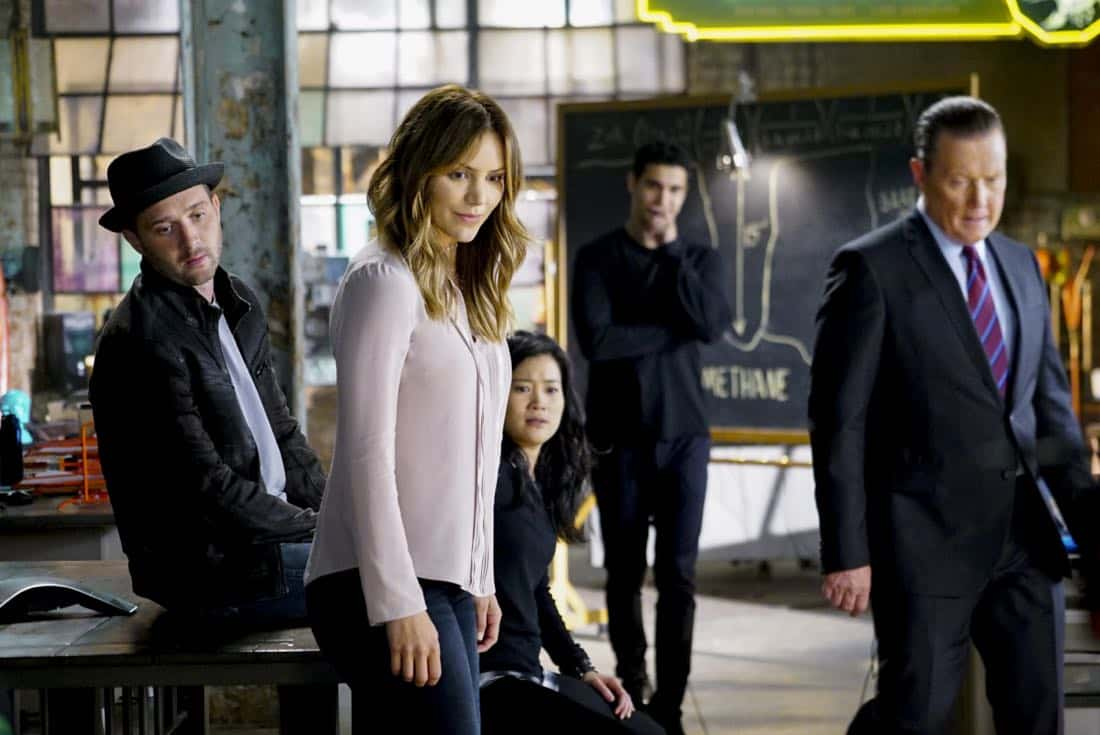 """Extinction"" -- Walter (Elyes Gabel) declares that 'Everything Is Absolutely Genius' when SCORPION begins its 4th season on Monday, Sept. 25 (10:00-11:00 PM, ET/PT) on the CBS Television Network. Pictured: Eddie Kaye Thomas, Katharine McPhee, Jadyn Wong, Elyes Gabel, Robert Patrick. Photo: Sonja Flemming/CBS ©2017 CBS Broadcasting, Inc. All Rights Reserved"