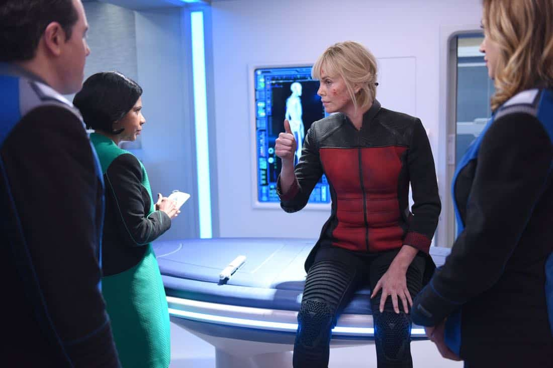"THE ORVILLE:  L-R:  Seth MacFarlane, Penny Johnson Jerald, guest star Charlize Theron and Adrianne Palicki in the ""Pria"" episode of THE ORVILLE airing Thursday, Oct. 5 (9:01-10:00 PM ET/PT) on FOX. ©2017 Fox Broadcasting Co. Cr:  Michael Becker/FOX"