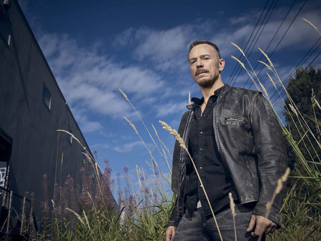 THE EXORCIST: Ben Daniels as Father Marcus Keane in THE EXORCIST premiering Friday, Sept. 29 (9:00-10:00 PM ET/PT) on FOX. ©2017 Fox Broadcasting Co. Cr: Mathieu Young/FOX