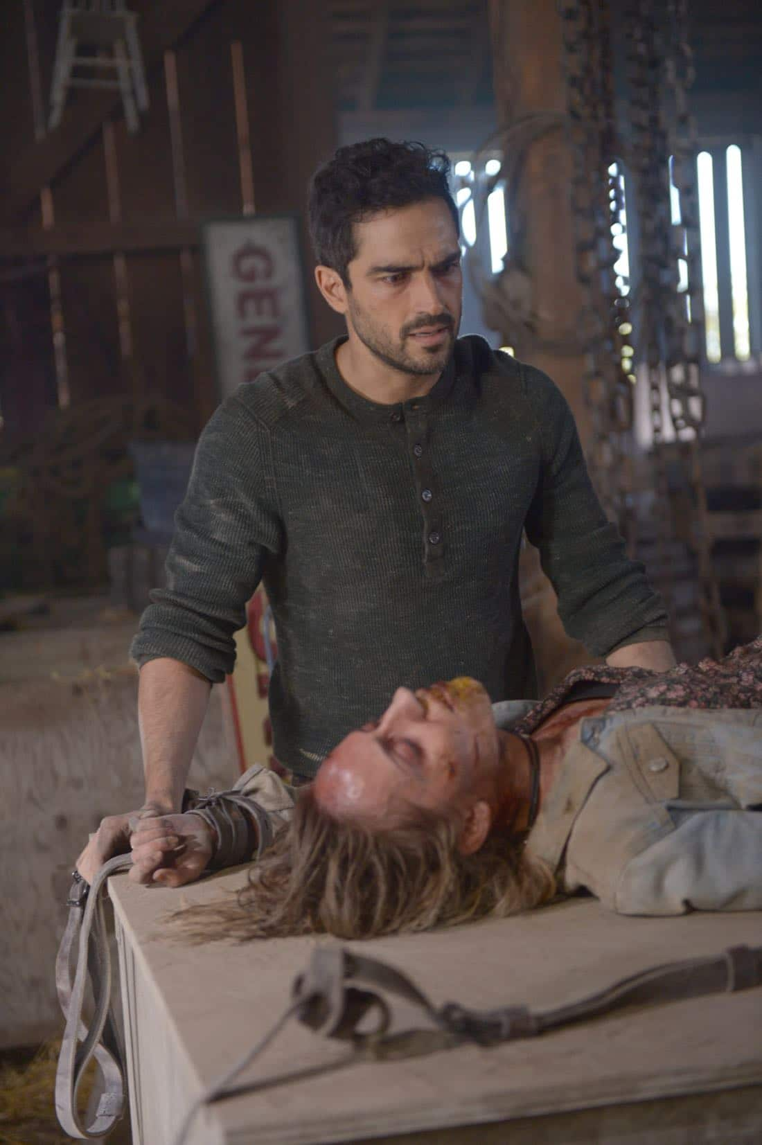"THE EXORCIST: Alfonso Herrera and guest star Zibby Allen in the ""Janus"" season premiere episode of THE EXORCIST airing Friday, Sept. 29 (9:00-10:00 PM ET/PT) on FOX. ©Fox Broadcasting Co. Cr: Sergei Bachlakov/FOX"