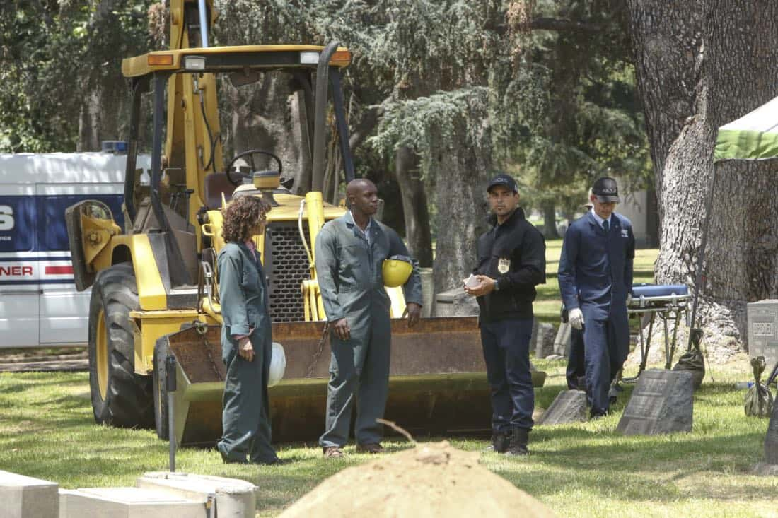 """""""Twofer"""" -- NCIS is called in to investigate when the body of a missing Navy Lieutenant who disappeared a year and a half ago is located by a cemetery grounds crew while they are relocating caskets on the property. Also, Gibbs and McGee must pass a psych evaluation with Doctor Grace Confalone (Laura San Giacomo) before officially resuming all work responsibilities, on NCIS, Tuesday, Oct. 3 (8:00-9:00 PM, ET/PT) on the CBS Television Network. Pictured:   Wilmer Valderramma.  Photo: Patrick McElhenney/CBS ©2017 CBS Broadcasting, Inc. All Rights Reserved"""
