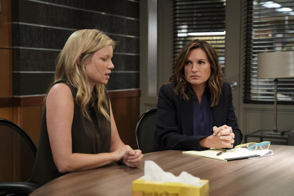 "LAW & ORDER: SPECIAL VICTIMS UNIT -- ""Gone Fishin'"" Episode 1901 -- Pictured: (l-r) Amy Smart as Karla Wyatt, Mariska Hargitay as Lieutenant Olivia Benson -- (Photo by: Peter Kramer/NBC)"