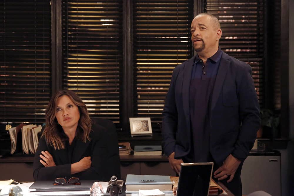 "LAW & ORDER: SPECIAL VICTIMS UNIT -- ""Gone Fishin'"" Episode 1901 -- Pictured: (l-r) Mariska Hargitay as Lieutenant Olivia Benson, Ice T as Detective Odafin ""Fin"" Tutuola -- (Photo by: Will Hart/NBC)"