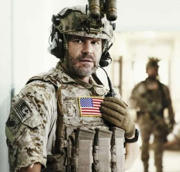 """Other Lives"" -- While on an evidence-collecting mission in Syria, Jason and the SEAL Team find innocent civilians in desperate need of rescue just as enemy forces close in on them. Also, while on the mission, the team debates whether or not to tell Ray that his wife has gone into labor, on SEAL TEAM, Wednesday, Oct. 4 (9:00-10:00 PM, ET/PT) on the CBS Television Network. Pictured: David Boreanaz as Jason Hayes. Photo: Erik Voake/CBS©2017 CBS Broadcasting, Inc. All Rights Reserved"