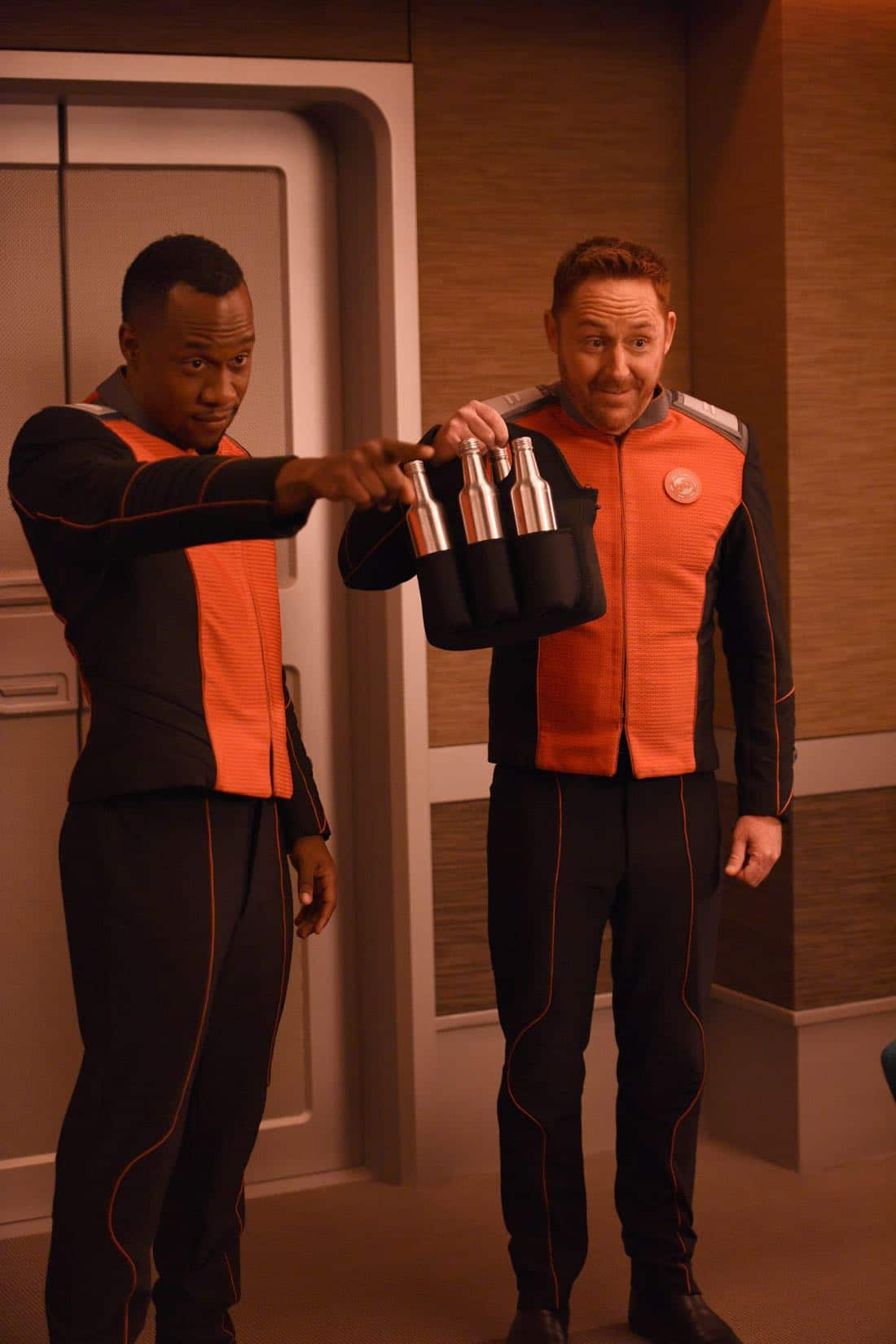 """THE ORVILLE: L-R: J Lee and Scott Grimes in the """"About a Girl"""" episode of THE ORVILLE airing Thursday, Sept. 21 (9:00-10:00 PM ET/PT) on FOX. ©2017 Fox Broadcasting Co. Cr: Jordin Althaus/FOX"""