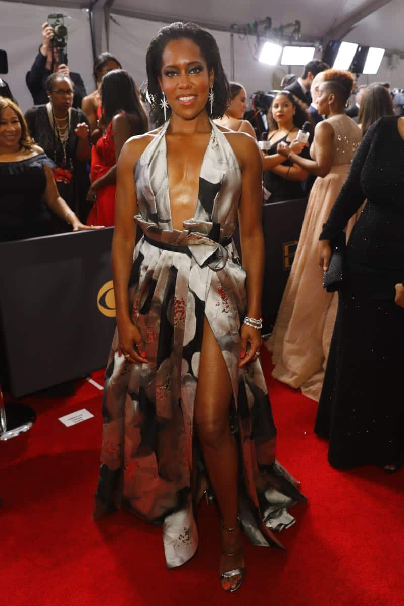 Regina King arrives at the 69TH PRIMETIME EMMY AWARDS, LIVE from the Microsoft Theater in Los Angeles Sunday, Sept. 17 (8:00-11:00 PM, live ET/5:00-8:00 PM live PT) on the CBS Television Network.   Photo: Trae Patton/CBS ©2017 CBS Broadcasting, Inc. All Rights Reserved.