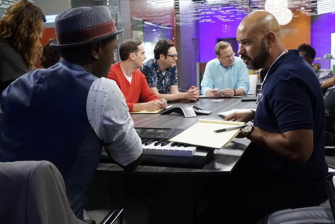 """BLACK-ISH - """"Juneteenth"""" - The Johnsons go to Jack and Diane's school play about Columbus Day, and Dre is dismayed by the historically inaccurate way that the holiday is portrayed. He feels like there aren't enough black holidays, so he enlists Aloe Blacc at work to help him create a catchy song to raise awareness for a holiday worth celebrating, Juneteenth, on the season premiere of """"black-ish,"""" TUESDAY, OCTOBER 3 (9:00-9:30 p.m. EDT), on The ABC Television Network. (ABC/Kelsey McNeal) ALOE BLACC, JEFF MEACHAM, NELSON FRANKLIN, PETER MACKENZIE, ANTON CROPPER(DIRECTOR)"""