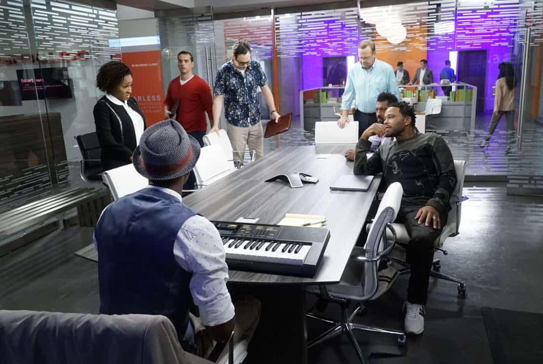 """BLACK-ISH - """"Juneteenth"""" - The Johnsons go to Jack and Diane's school play about Columbus Day, and Dre is dismayed by the historically inaccurate way that the holiday is portrayed. He feels like there aren't enough black holidays, so he enlists Aloe Blacc at work to help him create a catchy song to raise awareness for a holiday worth celebrating, Juneteenth, on the season premiere of """"black-ish,"""" TUESDAY, OCTOBER 3 (9:00-9:30 p.m. EDT), on The ABC Television Network. (ABC/Kelsey McNeal) WANDA SYKES, JEFF MEACHAM, NELSON FRANKLIN, PETER MACKENZIE, DEON COLE, ANTHONY ANDERSON"""