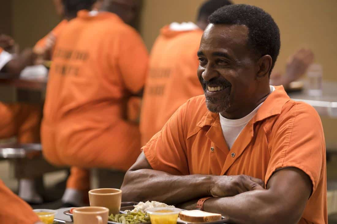 "BROOKLYN NINE-NINE: Guest star Tim Meadows in the ""The Big House Pt.1"" Season Five premiere episode of BROOKLYN NINE-NINE airing Tuesday, Sept. 26 (9:30-10:00 PM ET/PT) on FOX.  CR: John P Fleenor / FOX"
