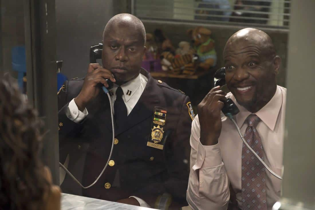 "BROOKLYN NINE-NINE: L-R: Andre Braugher and Terry Crews in the ""The Big House Pt.1"" Season Five premiere episode of BROOKLYN NINE-NINE airing Tuesday, Sept. 26 (9:30-10:00 PM ET/PT) on FOX.  CR: John P Fleenor / FOX"