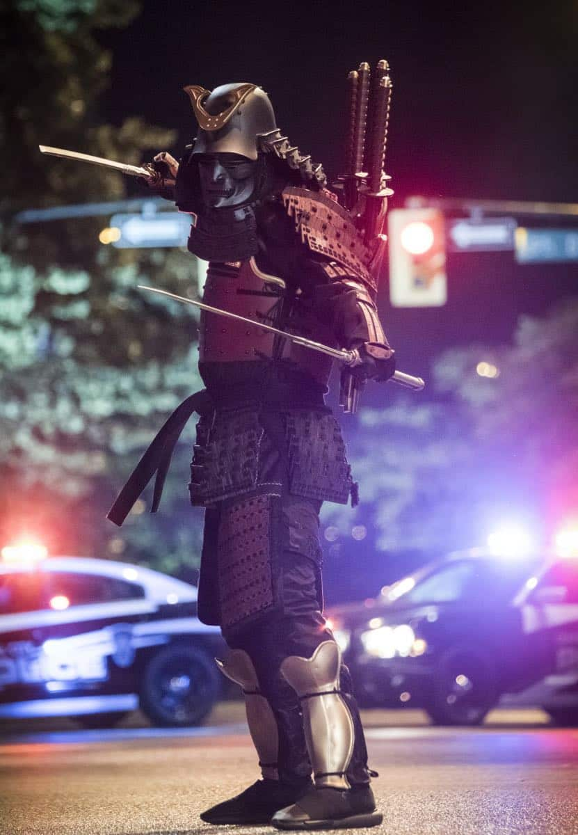 """The Flash -- """"The Flash Reborn"""" -- Image Number: FLA401a_0311b.jpg -- Pictured: Samuroid -- Photo: Katie Yu/The CW -- © 2017 The CW Network, LLC. All rights reserved."""