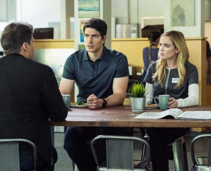 """DC's Legends of Tomorrow -- """"Aruba-Con"""" -- Image Number: LGN301b_0162.jpg -- Pictured (L-R): Nick Zano as Nate Heywood/Steel, Brandon Routh as Ray Palmer/Atom and Caity Lotz as Sara Lance/White -- Photo: Dean Buscher/The CW © 2017 The CW Network, LLC. All Rights Reserved."""