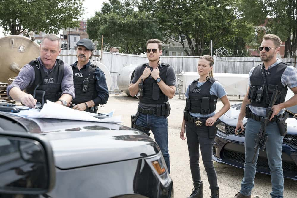 Chicago P.D. - Season 5 Jason Beghe as Hank Voight, Elias Koteas as Alvin Olinsky, Jesse Lee Soffer as Jay Halstead, Tracy Spiridakos as Det. Haliey Upton, Parick Flueger as Adam Ruzek