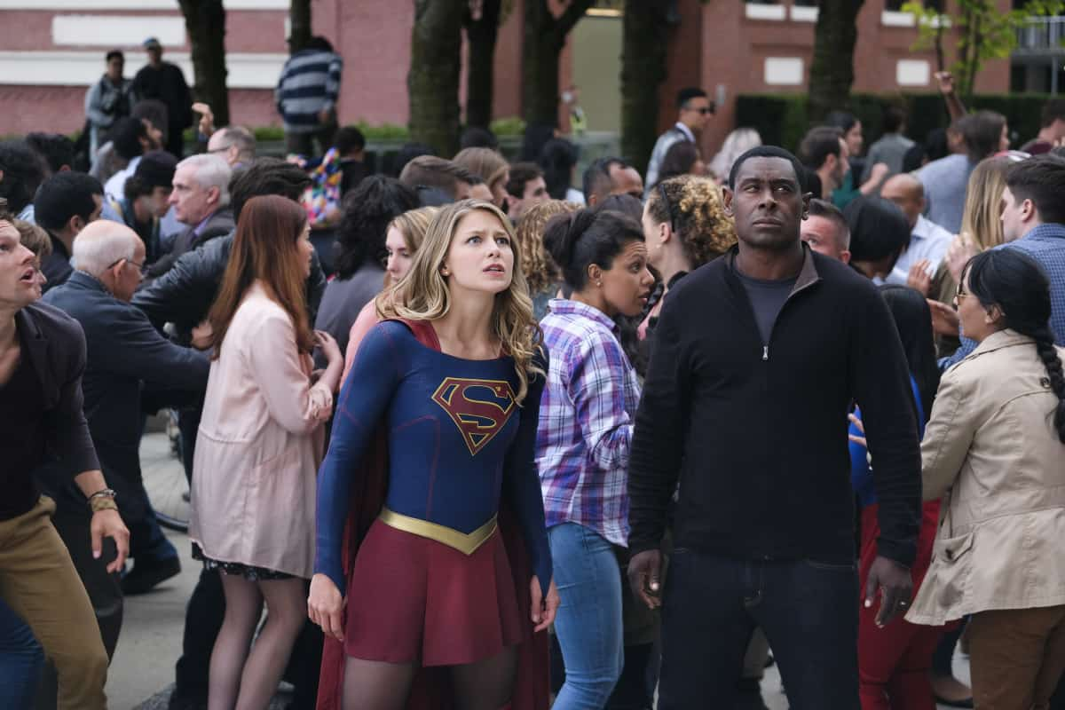 "Supergirl -- ""Girl of Steel"" -- Pictured (L-R): Melissa Benoist as Kara/Supergirl and David Harewood as Hank Henshaw"