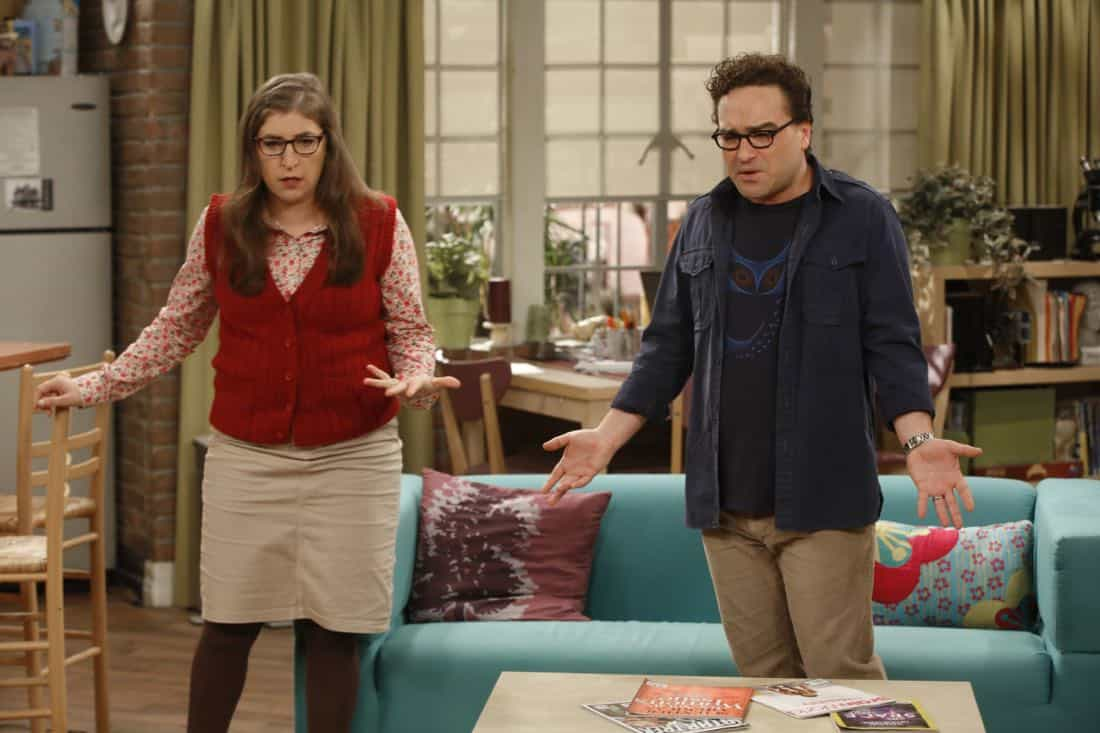 """The Explosion Implosion"" - Pictured: Amy Farrah Fowler (Mayim Bialik) and Leonard Hofstadter (Johnny Galecki). Howard and Sheldon bond when they drive to the desert to shoot off a model rocket. Also, when Leonard's mom, Beverly (Christine Baranski), finds a new best friend in Penny, it rubs Leonard the wrong way, on THE BIG BANG THEORY, Monday, Oct. 16 (8:00-8:31 PM, ET/PT), on the CBS Television Network. Photo: Monty Brinton/CBS ©2017 CBS Broadcasting, Inc. All Rights Reserved"