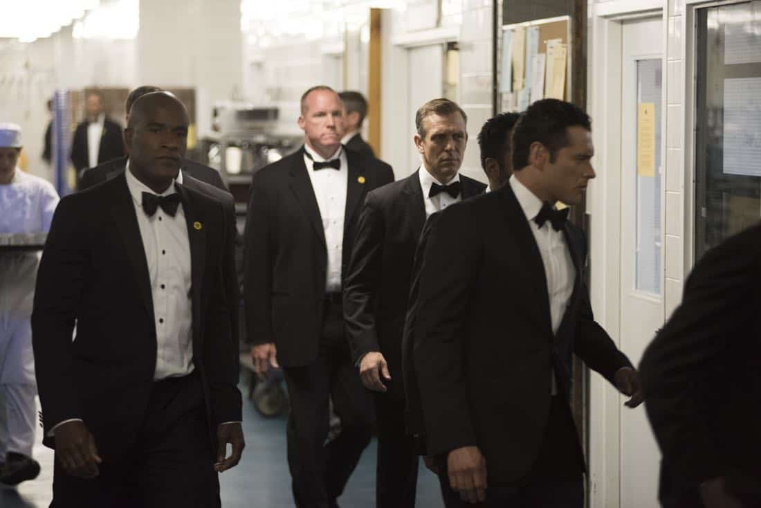 "DESIGNATED SURVIVOR - ""Sting of the Tail"" - FBI Agent Hannah Wells finally closes in on Patrick Lloyd, but when the president decides to take action during the White House Correspondents Dinner, members of the Homeland Security Council threaten to derail their plans, on ""Designated Survivor,"" airing WEDNESDAY, OCTOBER 4 (10:00-11:00 p.m. EDT). (ABC/John Medland) LAMONICA GARRETT, ADAN CANTO"