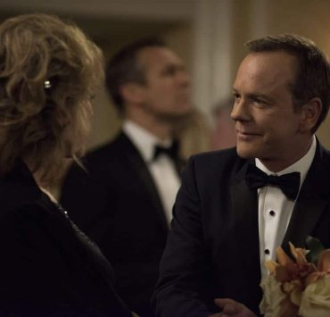 """DESIGNATED SURVIVOR - """"Sting of the Tail"""" - FBI Agent Hannah Wells finally closes in on Patrick Lloyd, but when the president decides to take action during the White House Correspondents Dinner, members of the Homeland Security Council threaten to derail their plans, on """"Designated Survivor,"""" airing WEDNESDAY, OCTOBER 4 (10:00-11:00 p.m. EDT). (ABC/John Medland) BONNIE BEDELIA, KIEFER SUTHERLAND"""