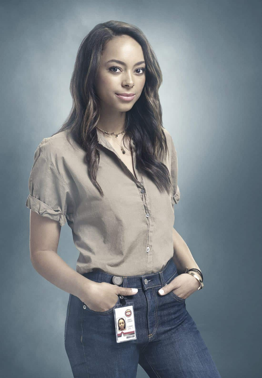 GHOSTED: Amber Stevens West in GHOSTED premiering Sunday, Oct. 1 (8:30-9:00 PM ET/PT) on FOX. ©2017 Fox Broadcasting Co. CR: Brooklin Rosenstock/FOX