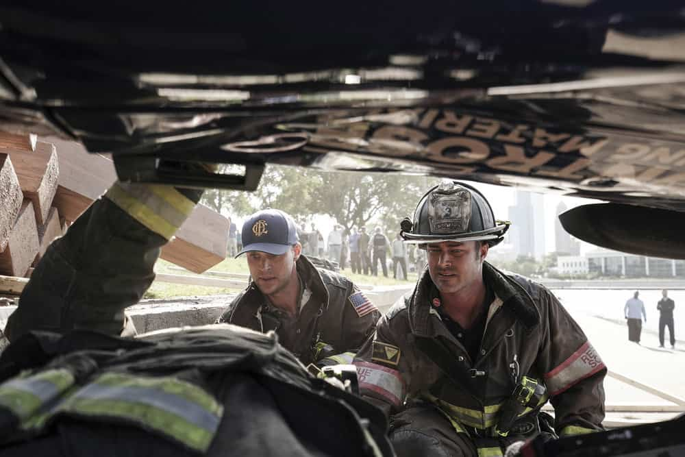 """CHICAGO FIRE -- """"Ignite on Contact"""" -- Episode 602 -- Pictured: (l-r) Jesse Spencer as Matthew Casey, Taylor Kinney as Kelly Severide -- (Photo by: Elizabeth Morris/NBC)"""