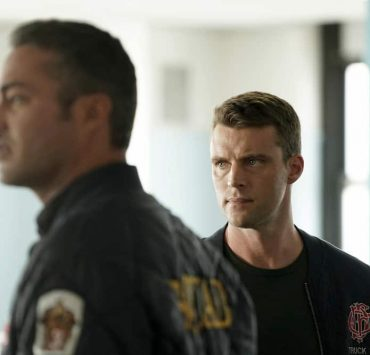 """CHICAGO FIRE -- """"Ignite on Contact"""" -- Episode 602 -- Pictured: (l-r) Taylor Kinney as Kelly Severide, Jesse Spencer as Matthew Casey -- (Photo by: Elizabeth Morris/NBC)"""