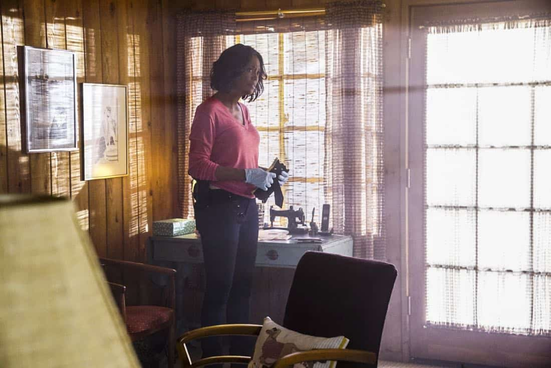 """""""To A Better Place"""" -- The BAU investigates three similar crimes in which victims' remains are discovered in old suitcases, on CRIMINAL MINDS, Wednesday, Oct. 4 (10:00-11:00 PM, ET/PT) on the CBS Television Network.  Pictured: Aisha Tyler (Dr. Tara Lewis)   Photo: Sonja Flemming/CBS ©2017 CBS Broadcasting, Inc. All Rights Reserved"""