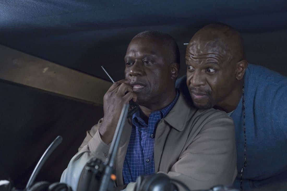 "BROOKLYN NINE-NINE: L-R: Andre Braugher and Terry Crews in the ""Bad Beat"" episode of BROOKLYN NINE-NINE airing Tuesday, Oct. 31 (9:30-10:00 PM ET/PT) on FOX. CR: Jordin Althaus / FOX"