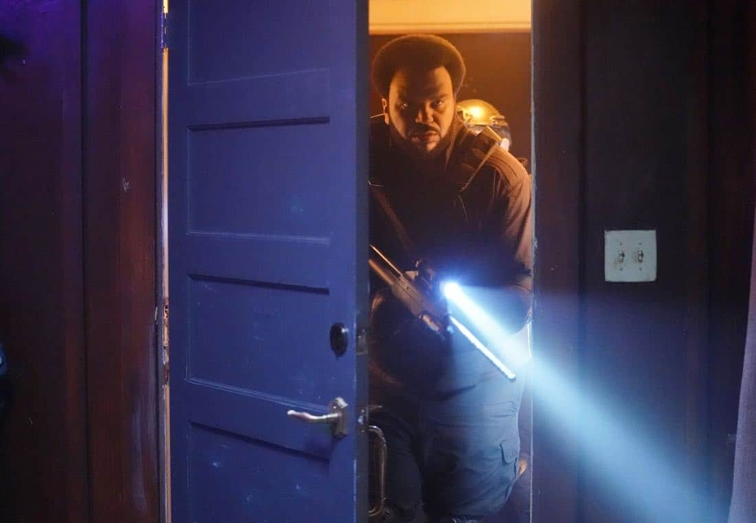 "GHOSTED: Craig Robinson in the ""Jermaine the Zombie"" episode of GHOSTED airing Sunday, Oct. 8 (8:30-9:00 PM ET/PT) on FOX. ©2017 Fox Broadcasting Co. CR: Kevin Estrada/FOX"